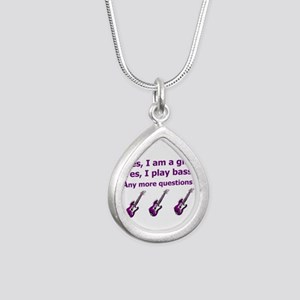 Yes I am a girl Play Bass Purple with bass Necklac