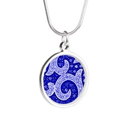 Best Of Winners Swirl Silver Round Necklace
