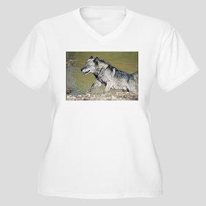 """Huge Black Wolf"" Plus Size T-Shirt"
