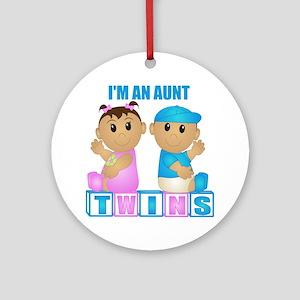 I'm An Aunt (TBG:blk) Ornament (Round)