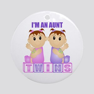 I'm An Aunt (PGG:blk) Ornament (Round)
