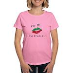 Kiss Me I'm Italian Love Women's Dark T-Shirt