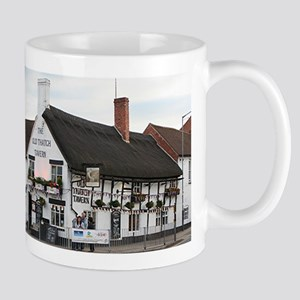 Old Thatch Tavern, Stratford, England, UK Mug