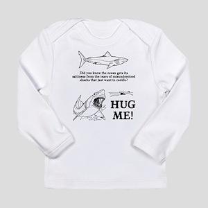 Sharks need hugs Long Sleeve Infant T-Shirt