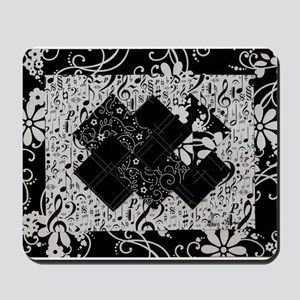Larissa - Black and White Card Trick pattern Mouse
