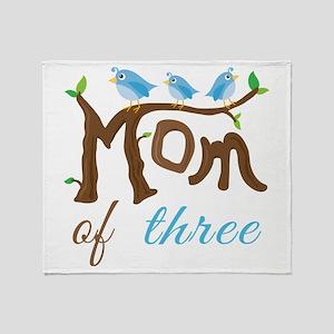 Mom Of Three (birds) Throw Blanket