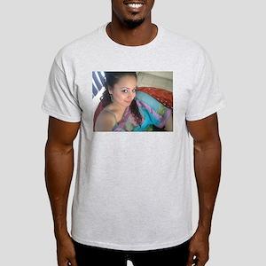 Belleza 7 T-Shirt