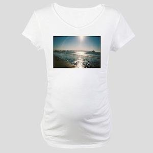 """FISHERS OF MEN"". Maternity T-Shirt"