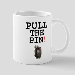 HAND GRENADE - PULL THE PIN! Z Small Mug