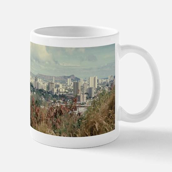 """""""Honolulu And Diamond Head"""" Mug"""