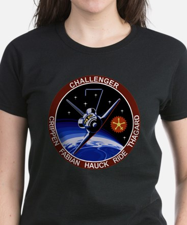 STS 7 Challenger Women's Dark T-Shirt