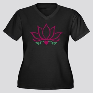 Water Lily Plus Size T-Shirt
