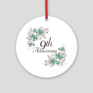 9th Anniversary Keepsake Ornament (Round)