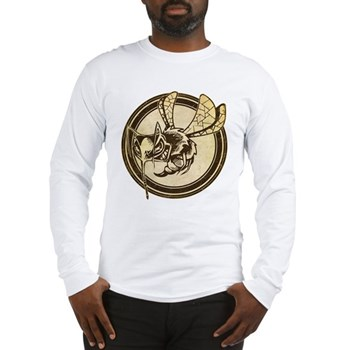 Distressed Wild Wasp Stamp Long Sleeve T-Shirt