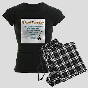 Skunkilosophy Just Living pajamas