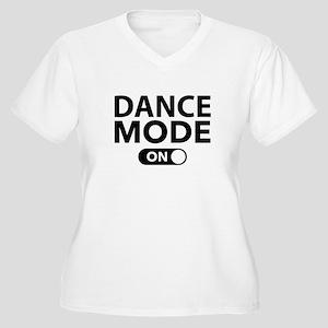 Dance Mode On Women's Plus Size V-Neck T-Shirt