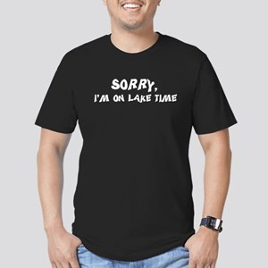 Sorry I'm on lake time Men's Fitted T-Shirt (dark)