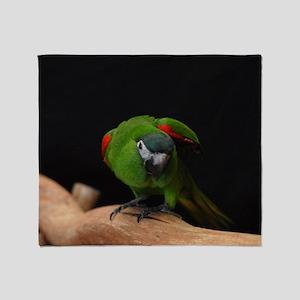 hahn's macaw Throw Blanket
