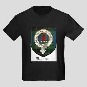 Davidson Clan Crest Tartan Kids Dark T-Shirt