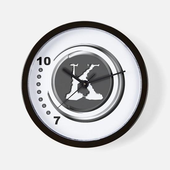 KarelStore Wall Clock