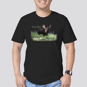Grand Tetons WY Moose Men's Fitted T-Shirt (dark)