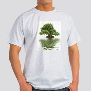 ficus water reflection Light T-Shirt