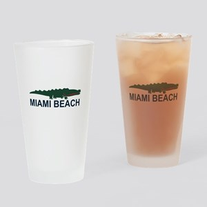 Miami Beach - Alligator Design. Drinking Glass
