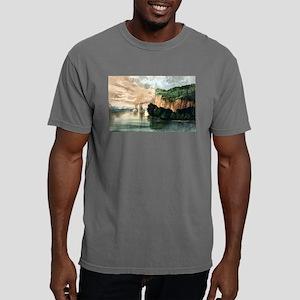 Maiden rock - Mississippi River - 1910 Mens Comfor