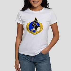Army-101st-Airborne-Div-DUI-Bonnie Women's T-Shirt
