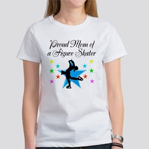 TOP SKATING MOM Women's T-Shirt