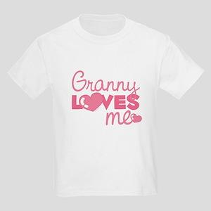 Granny Love Me (pink) Kids T-Shirt