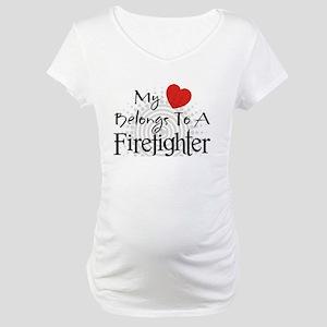 My heart belongs Maternity T-Shirt