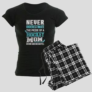 Never Underestimte The Power Of Hockey Mom Pajamas