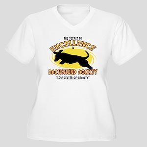dachshund_excelle Women's Plus Size V-Neck T-Shirt