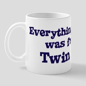 Twin Sister : Everything Mug