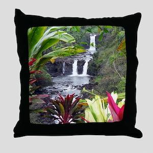 Umauma Falls Throw Pillow