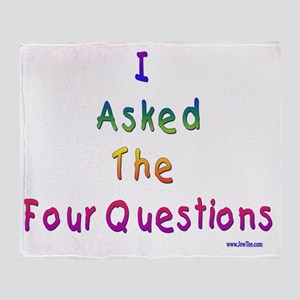 4 questions Throw Blanket