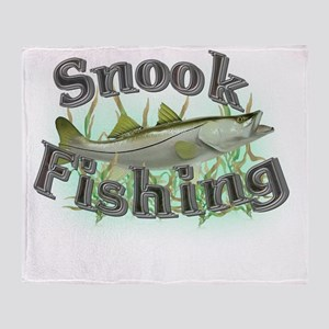 snook fishing Throw Blanket
