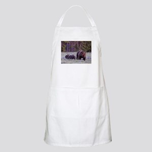 Grizzly Bear 399 Apron