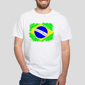 feito-em-brasil T-Shirt