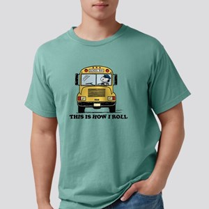 Snoopy - This Is How I R Mens Comfort Colors Shirt