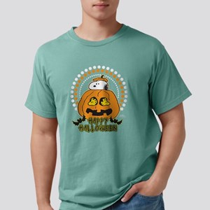 SnoopyPumpkin-Dark Mens Comfort Colors Shirt