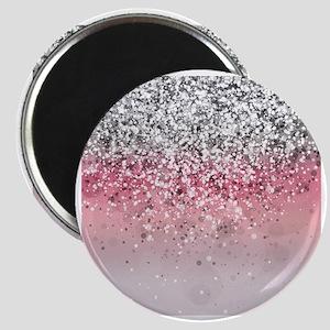 Glitteresques X Magnet