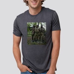 Washington DC war memorial Mens Tri-blend T-Shirt