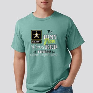 Army Mom Wears Red Mens Comfort Colors Shirt