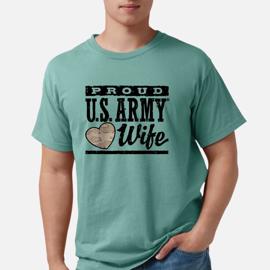 proudarmywife777 Mens Comfort Colors Shirt