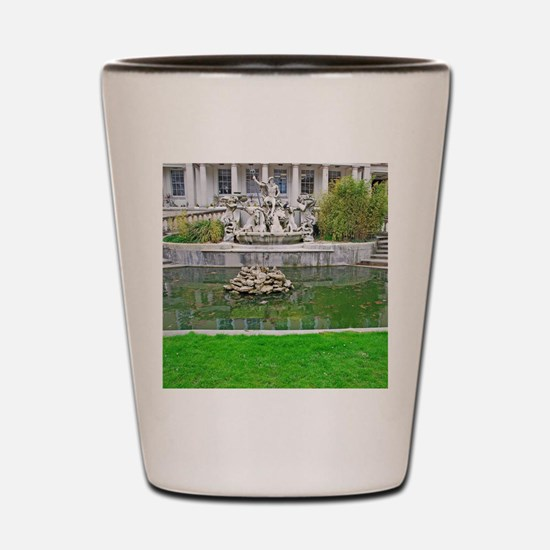 Neptune fountain Shot Glass