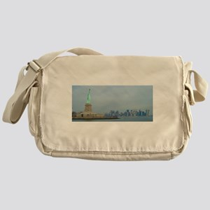 Statue of Liberty New York - Pro Pho Messenger Bag