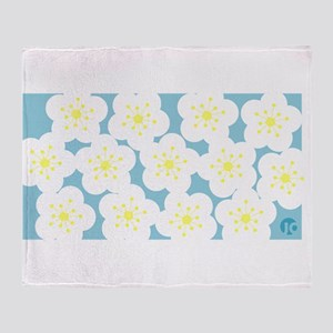Plum blossom Throw Blanket