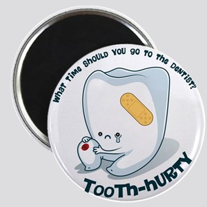 Tooth-Hurty - Dark Text Magnet